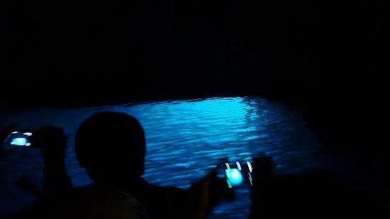 11-2エメラルドの洞窟.jpg