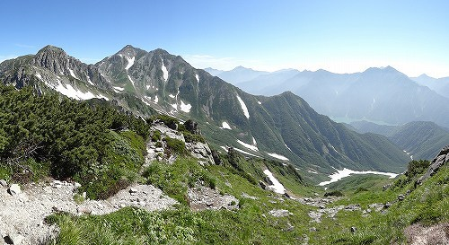 11獅子岳山頂17雄山.jpg