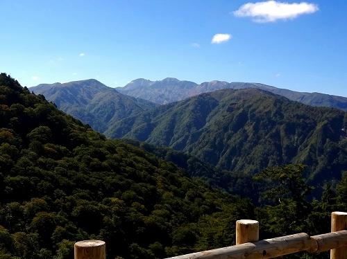 11白山展望台御前峰.jpg