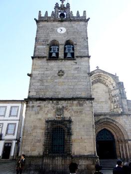13-13セニョーラ・ダ・オリヴェイラ教会の聖堂.JPG